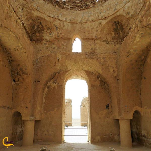 نمای داخل کاخ سروستان