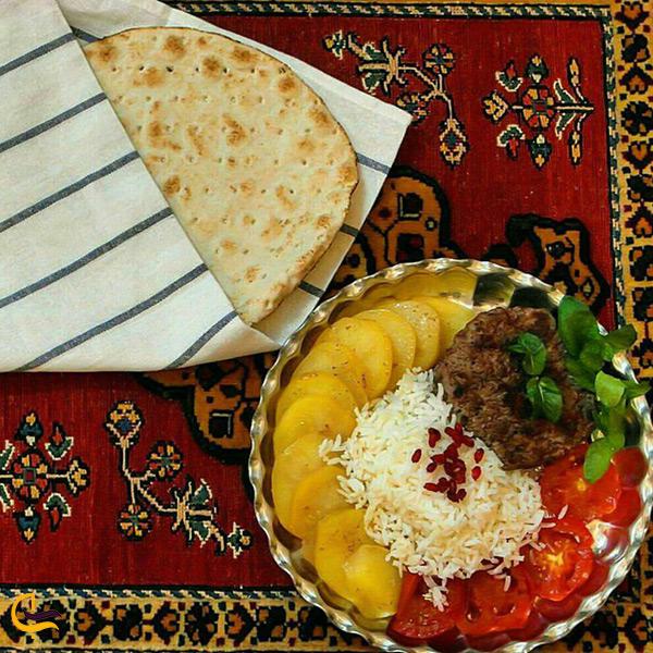 کباب ته تالی غذای محلی دلیجان