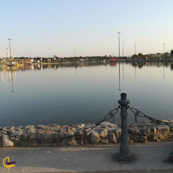 تصویری از دریاچه تفریحی ساوه
