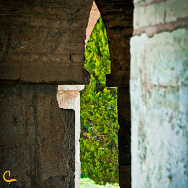 تصویری از شمعهای پنهان پل خواجو