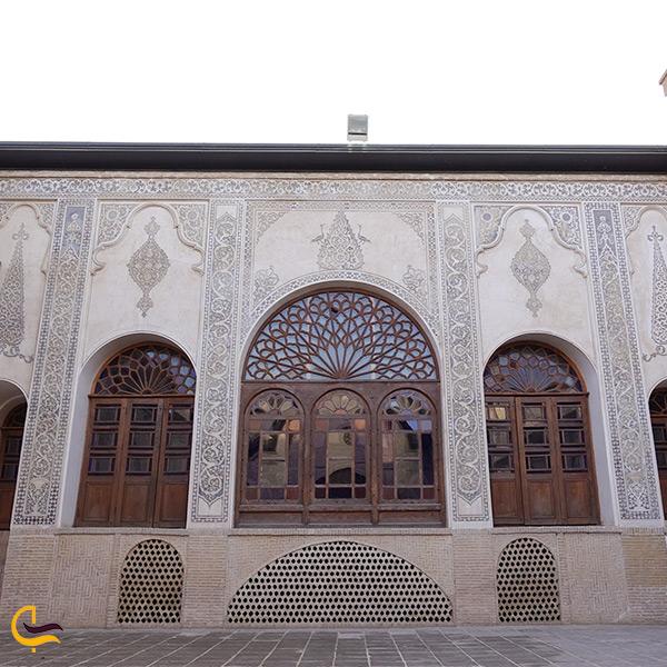 بخش اندرونی خانه طباطبایی ها در کاشان