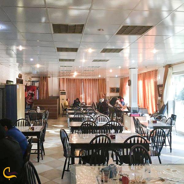 رستوران عمو اکبر پارک ساحلی هنگام کیش