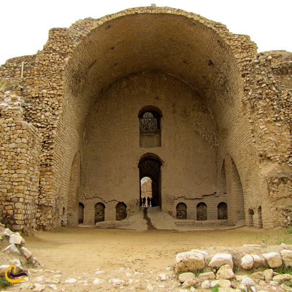 بازدید از کاخ اردشیر بابکان