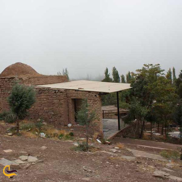 بازدید از امامزاده سلیمان در شهر دلیجان
