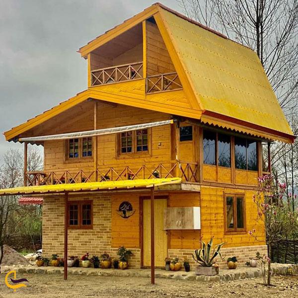تصویری از دهکده چوبی هما