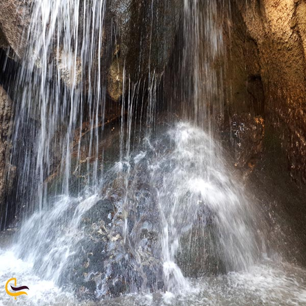 تصویری از آبشار یاسوج