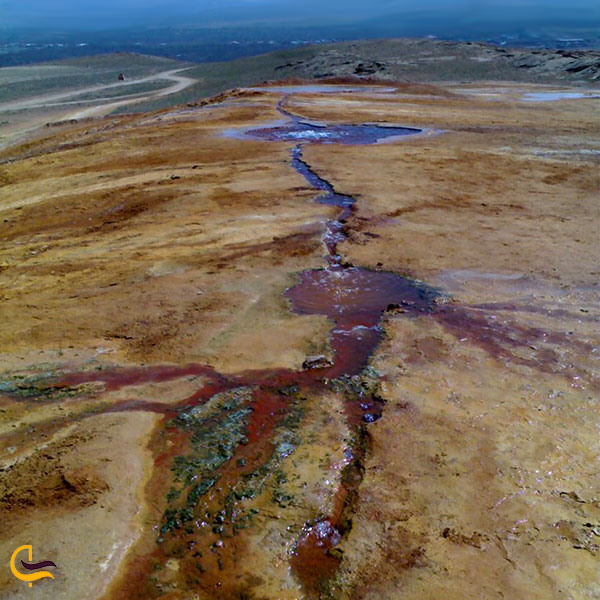 عکس چند چشمه زلال چشمه آب درمانی تاپ تاپان