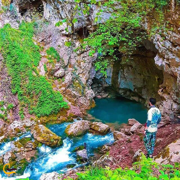 تصویر زیبا غار آبی دیورش
