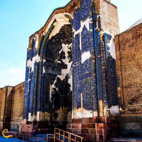 تصویری از مسجد کبود