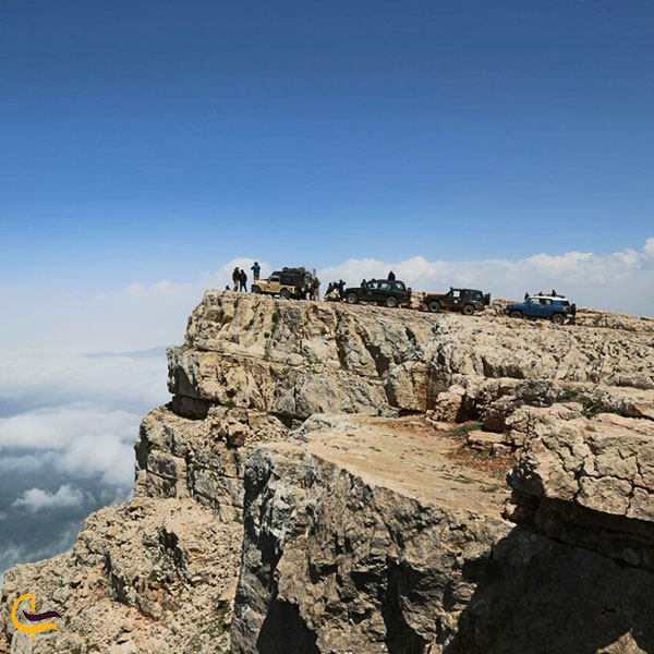 تصویری از قله درفک