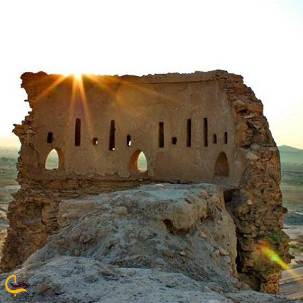 عکس قلعه فین بندرعباس