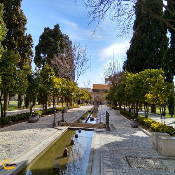 تصویری از باغ جهان نما در شیراز