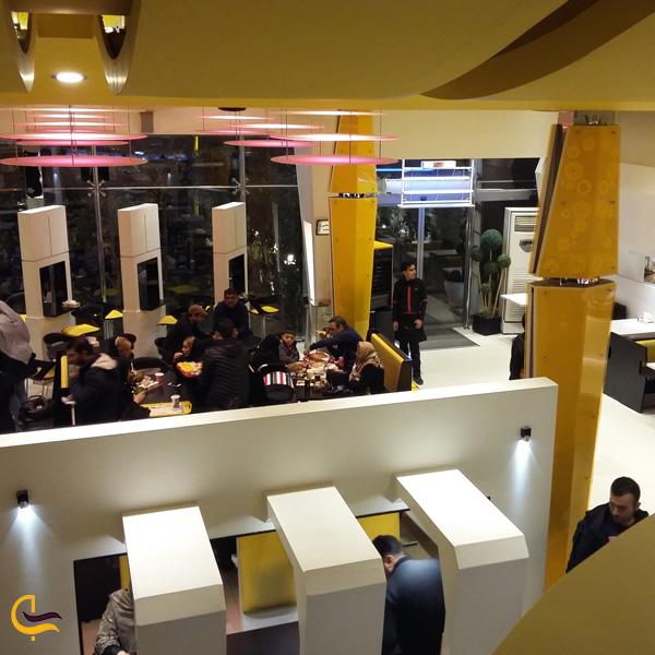 تصویری از کافه رستوران کندیک
