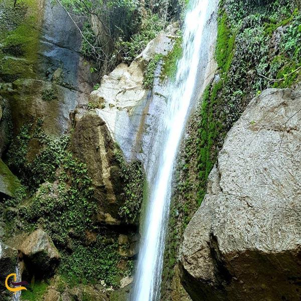 تصویری از آبشار کلشتر