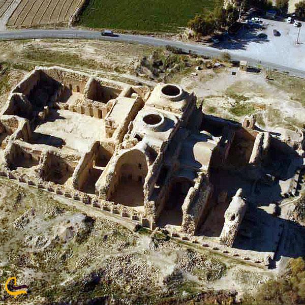 تصویری از کاخ اردشیر بابکان