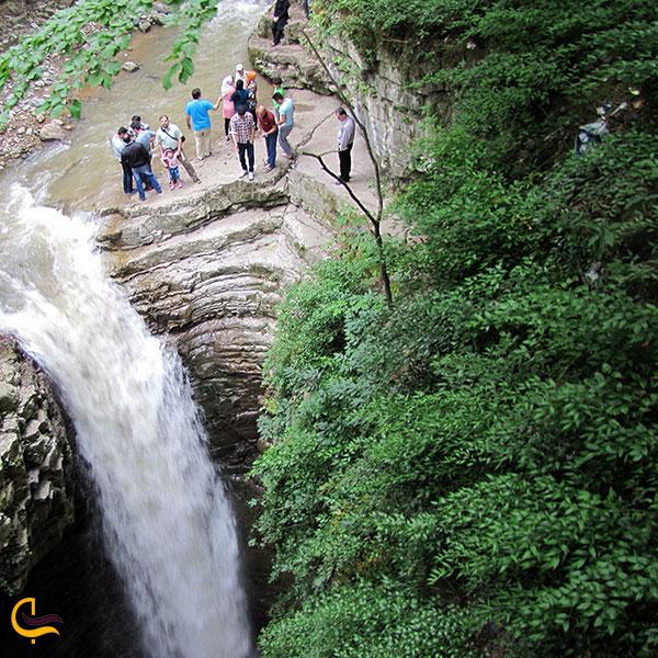 عکس طبیعت طول مسیر آبشار سیاه تاش املش