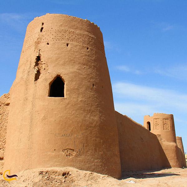 عکس قلعه سی زان