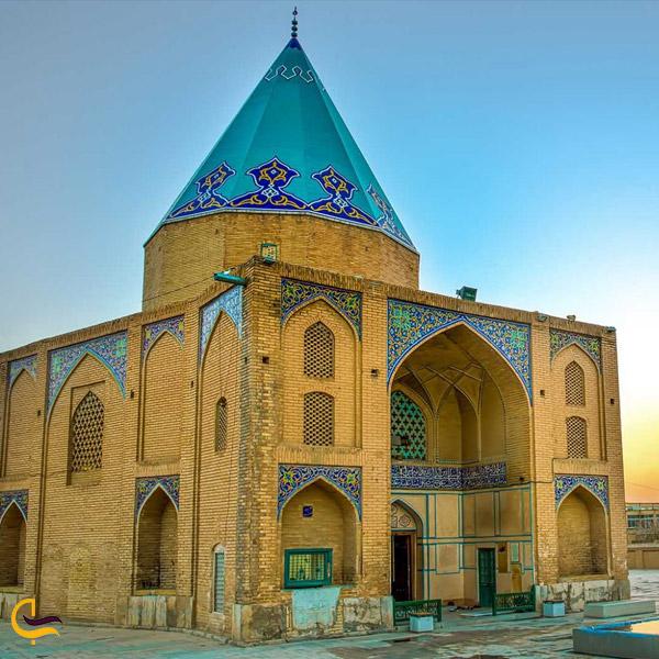 تصویری از برج رکن الدین