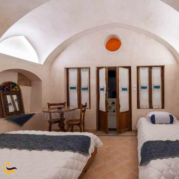 عکس هتل سنتی به نام سرای طاق چشمه کاشان