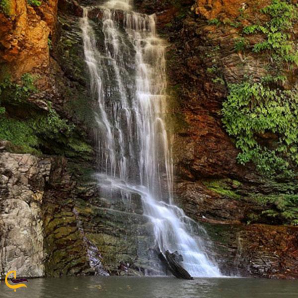 نمایی از آبشار دودوزن