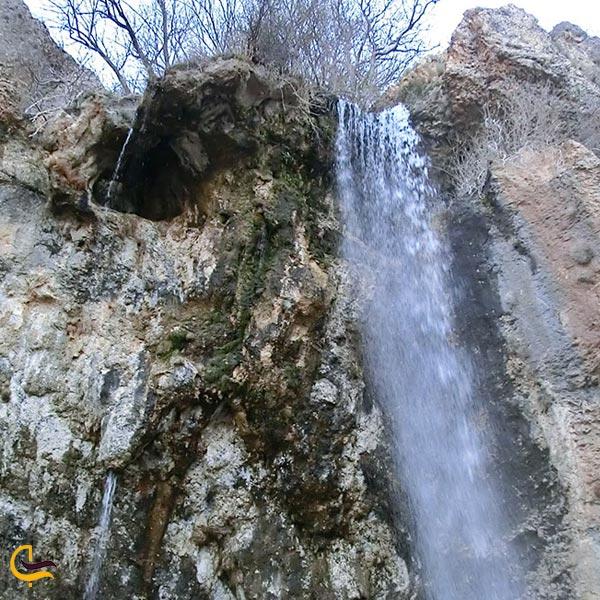 تصویری از آبشار چیکان