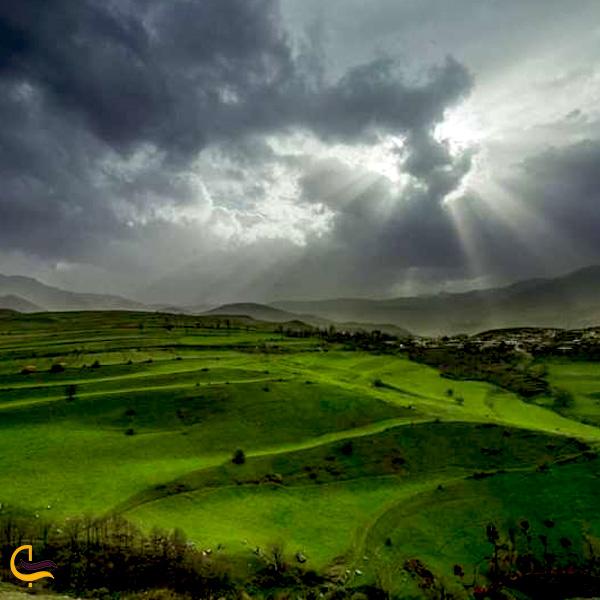 تصویری از طبیعت سرسبز جاده ارس جلفا