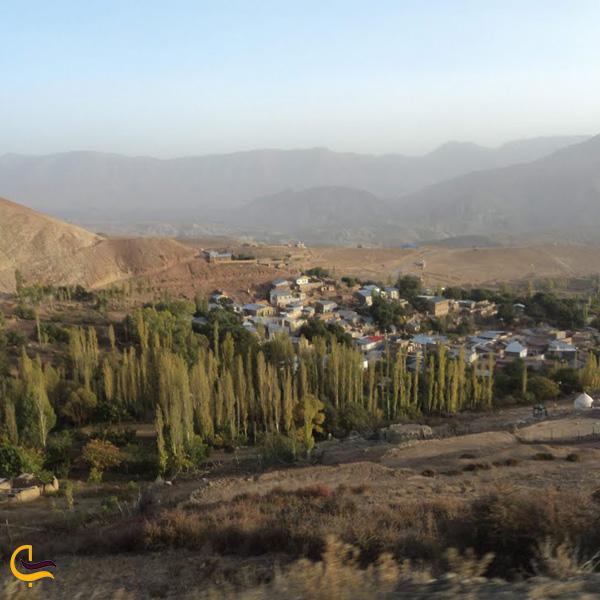 نمایی از روستای چاشم