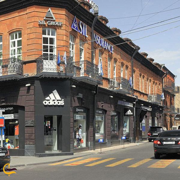 تصویری از خیابان آبوویان
