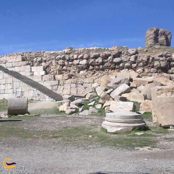 تصویری از معبد آناهیتا