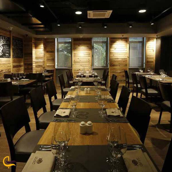 نمایی از رستوران انوش ایروان