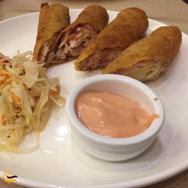 نمایی از غذای رستوران آرش ایروان
