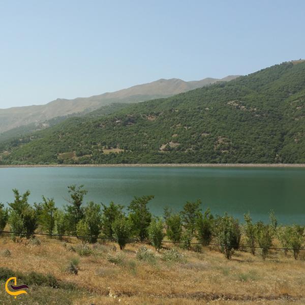 تصویری از دریاچه سد بانه