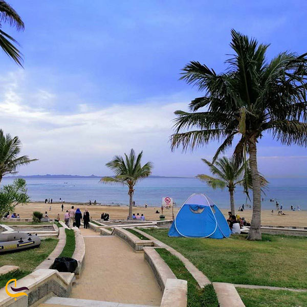 عکس چادر زدن درساحل زیتون قشم