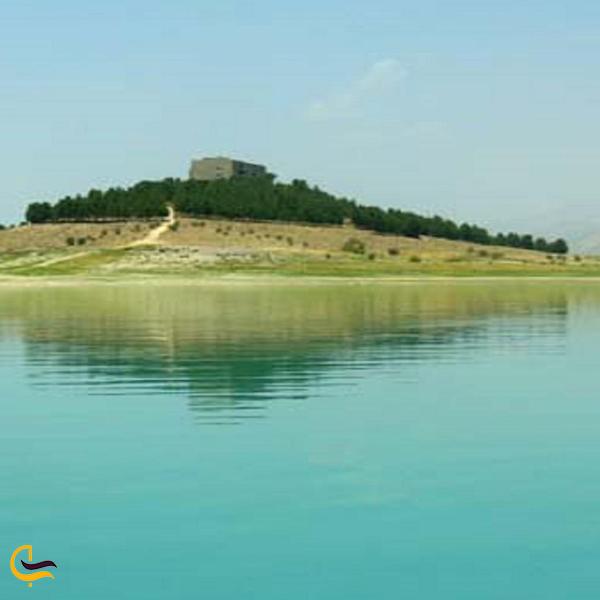 تصویری از دریاچه سد درودزن