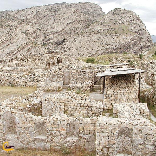 نمایی از شهر باستانی استخر