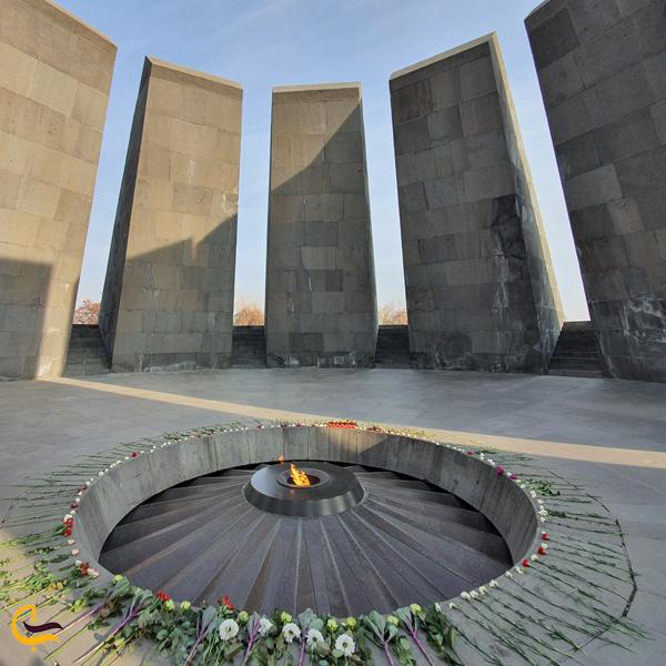 تصویری از یادمان نسل کشی ارمنی در ایروان