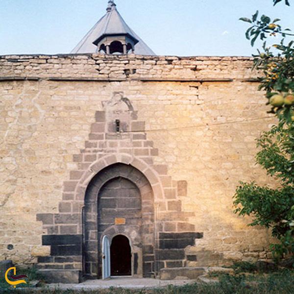 تصویری از کلیسای هفتوان