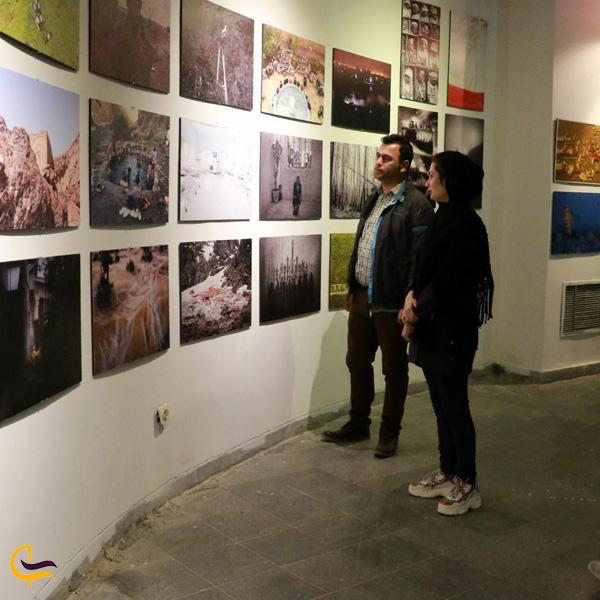 تصویری از موزه هنرهای معاصر ابادان