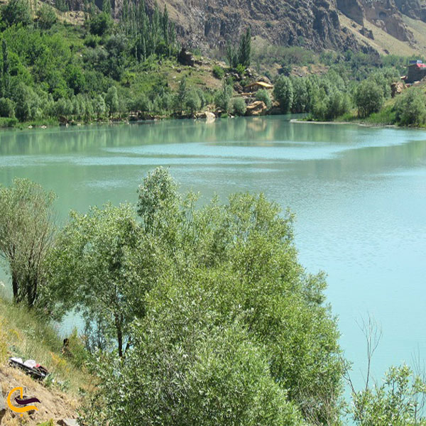 عکس دریاچه امامزاده علی