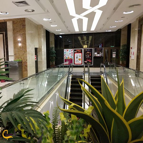 عکس فضای داخلی مرکز خرید سون سنتر
