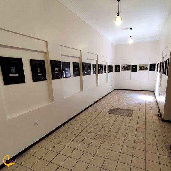 عکس فضای داخلی موزه تمبر تبریز