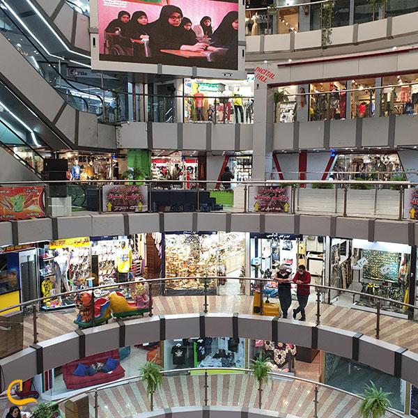 عکس فضای داخلی مجتمع تجاری دنیای نور