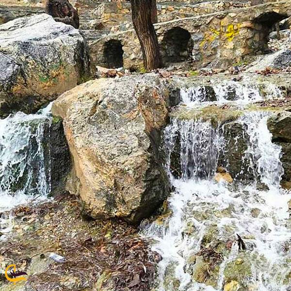 عکس آبشار شاه لولاک اصفهان