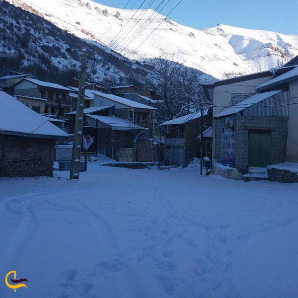 عکس مناظر کوهستانی روستای مورود