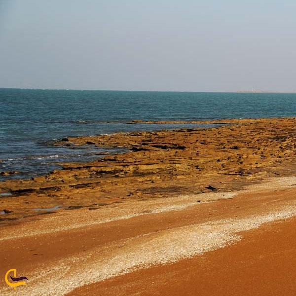 نمایی از جزیره نخیلو