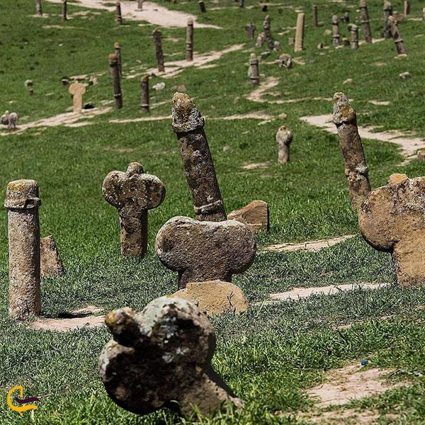 عکس قبرستان خالد نبی