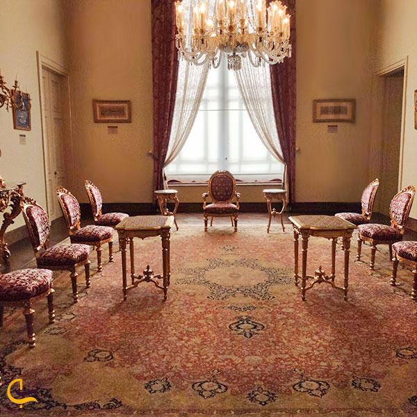 عکس تالار صورتی کاخ دلما باغچه