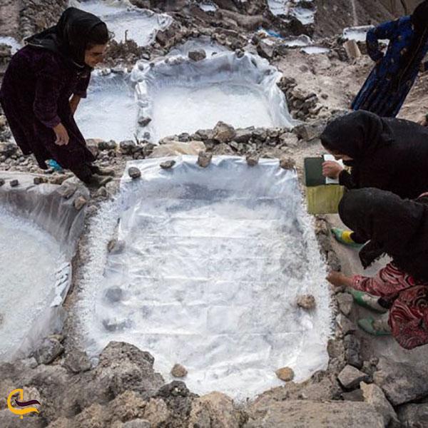 عکس حوضچه های نمکی روستای سر اقا