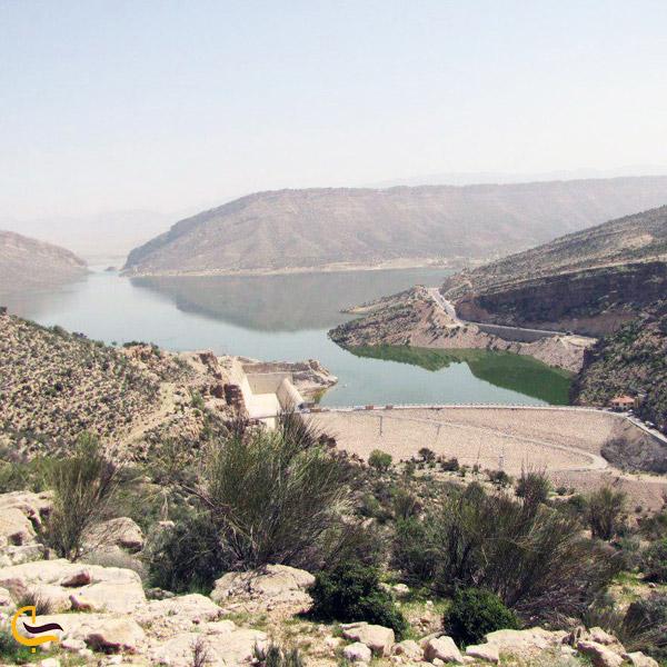 تصویری از سد و دریاچه تنگاب