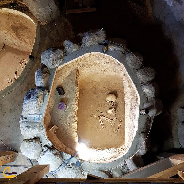 عکس اجساد مردگان موزه عصر آهن تبریز
